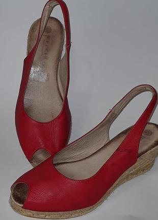 Испанские кожаные босоножки с плетённой подошвой ferchi