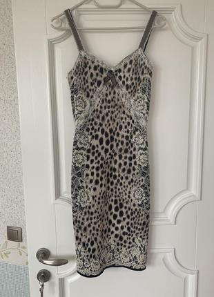 Вечернее платье бельевого стиля