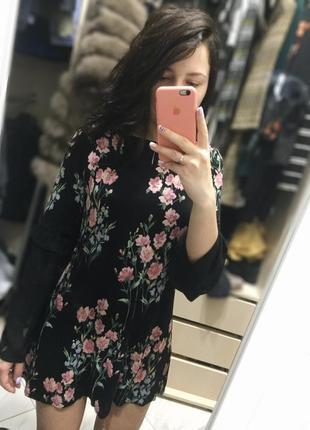Классное прямое платье в цветочек1 фото