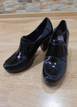 Туфли clarks (кожа)