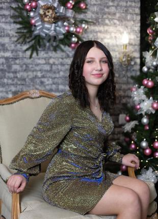 Красивое и нарядное платье2 фото