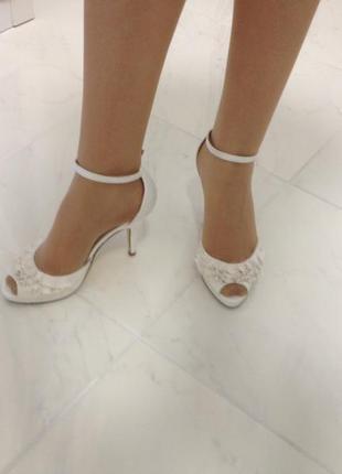 Туфли босоножки атласные свадебные нарядные unlisted