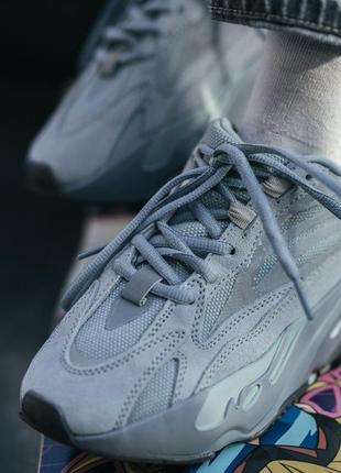 Adidas yeezy boost 700 v2 hospital blue шикарные женские кроссовки