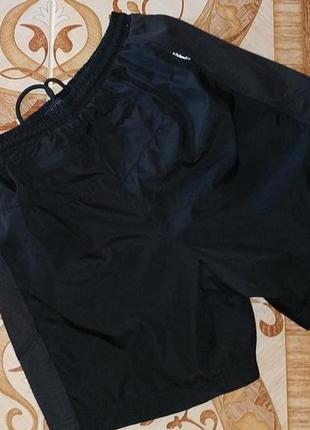Фирменные спорт шорты karrimor. размер xs