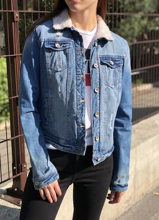 Джинсовая тёплая куртка с мехом джинсовка шерпа оверсайз