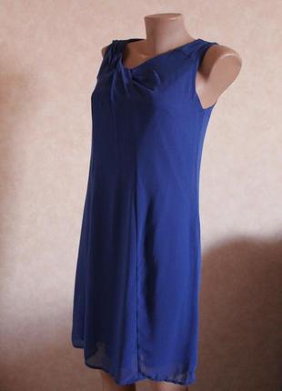 Шикарное платье синее прямого кроя, цвет электрик от promod