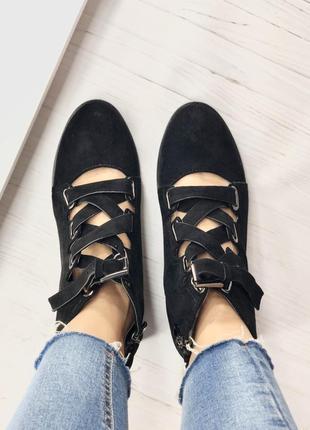 Демисезонні ботинки