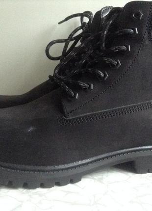 Черные кожаные ботинки 39 40 41