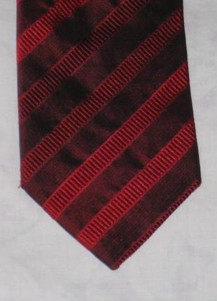 Брендовый шелковый галстук в полоску/ profuomo