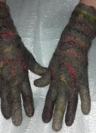 Перчатки валяные из овечьей шерсти мериноса.