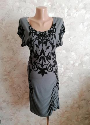 Эффектное платье oasis