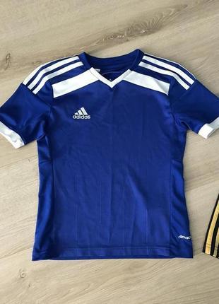 Adidas футболка 7-8 лет