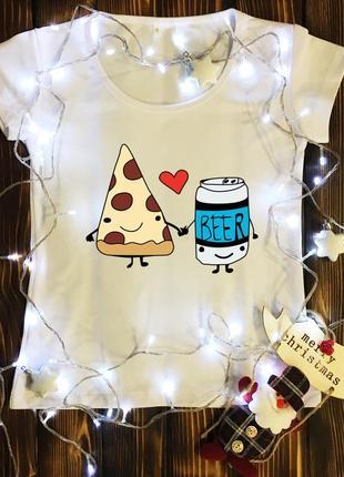 Пара пица и пиво
