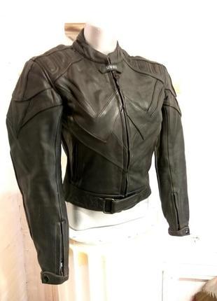 Женская кожаная мотокуртка uvex 38