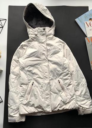 Белая спортивная картка columbia omni hit / белая лыжная куртка