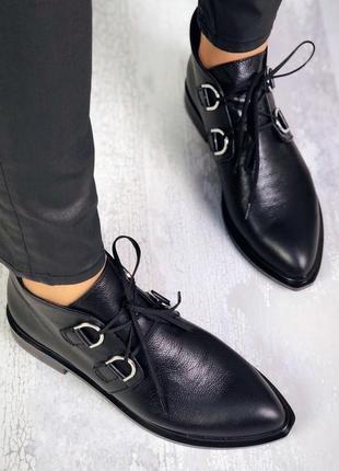 Рр 36-40 натуральная кожа стильные черные туфли с кольцами
