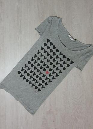 Продается стильная футболка от only