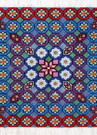 Красивая вышивка крестом на канве hand made на детскую или диванную подушку