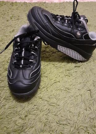 Кросівки качалки, кроссовки на дугообразной подошве мвт(mbt)