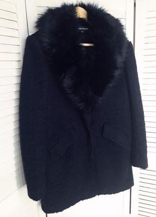 Стильное пальто wahrenhouse
