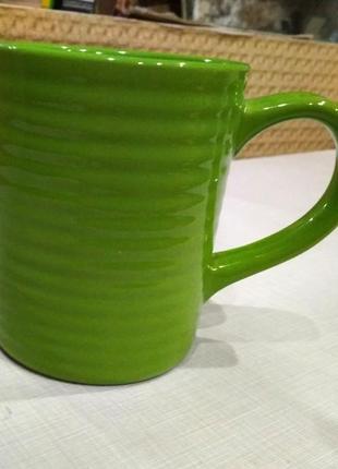 Чашка керамическая,салатовая,пригодна для микроволновки