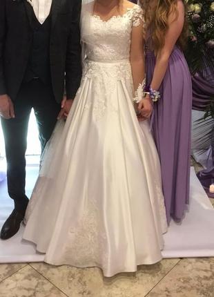 Весільне плаття 2019