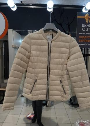 Легкая куртка pimkie
