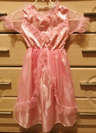 Платье на утренник новое