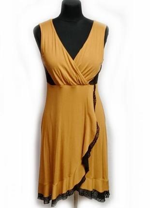 Оранжевое платье с черным кружевом р 14 на запах