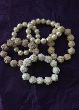 Классный набор из браслетов