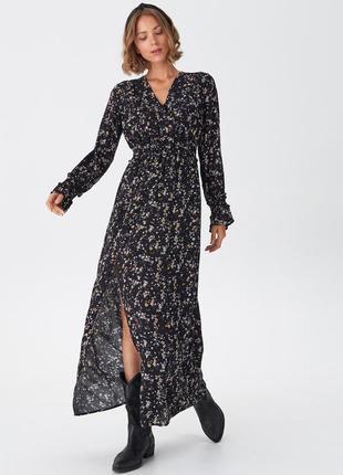 Актуальное платье макси в цветочный принт