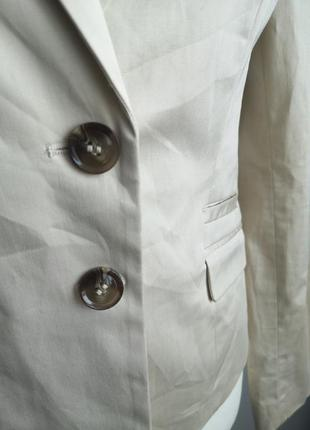 Бежевый пиджак жакет2 фото