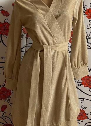 Золотое платье на щапах с люрексом
