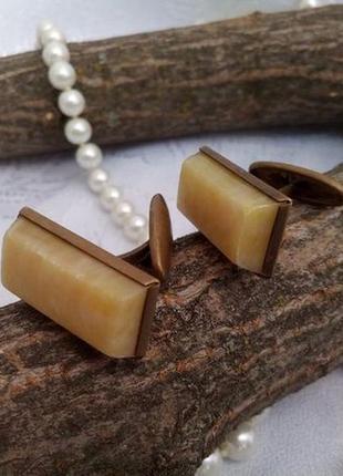 Запонки ссср карболитовые (латунь, янтарь) винтажные