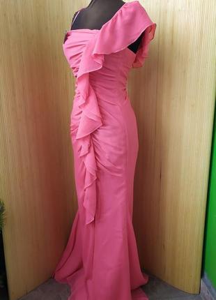 Вечернее / выпускное длинное платье с рюшами