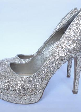 Туфли красивенные!!!!р.42