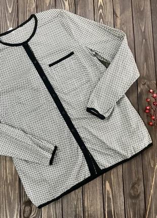 Женская блузка с длинным рукавом