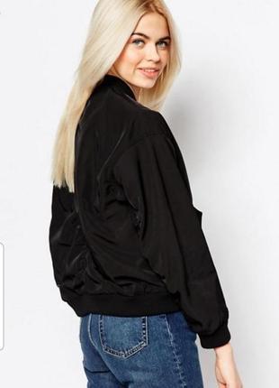 Ветровка куртка бомбер monki