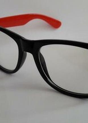 Cтильные имиджевые очки для компьютера