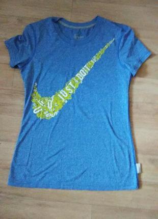 Брендовая футболка nike. оригинал.3 фото