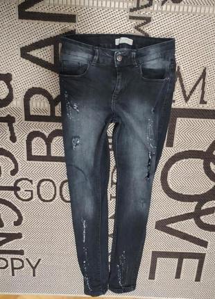 Рваные джинсы скинни от zara,p.164