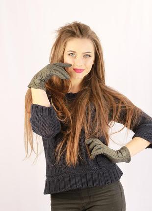 Женские перчатки темно-серого цвета  размер 7-8