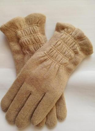 Женские перчатки бежево-песочного цвета размер 6,5-7-7,5-8