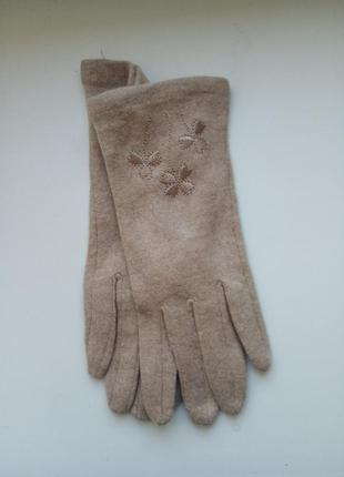 Женские шерстяные перчатки бежевого цвета(есть др.модель) размер 6,5-7-7,5-8-8,5