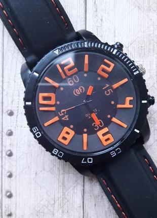 Большие мужские часы с 3d циферблатом, оранжевый.