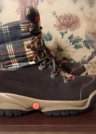 Зимние ботинки puma, с системой gore-tex.