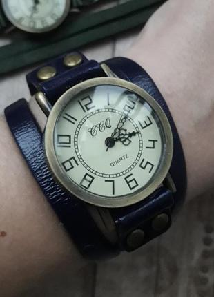 Женские часы-намотка в ретро стиле, кожаный браслет.