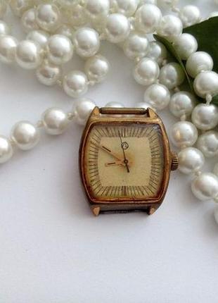 Часы, позолота au10, ссср. рабочие, редкие