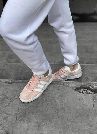Шикарные женские кроссовки adidas gazelle pink натуральная замша