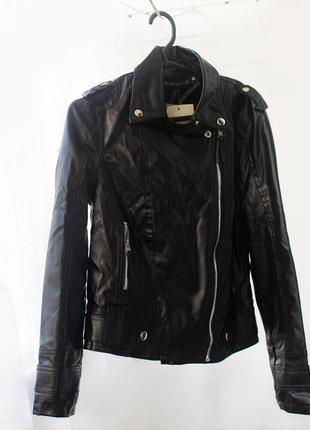 Куртка косуха черная на молнии